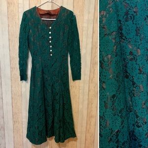 Vintage 1980s Lace Long-Sleeved Dress